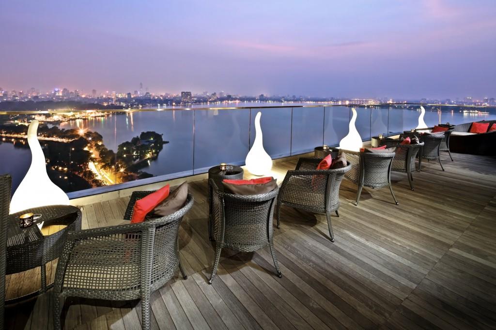 Summit Lounge at Sofitel Plaza Hotel – Good Destination in Hanoi for Honeymooners