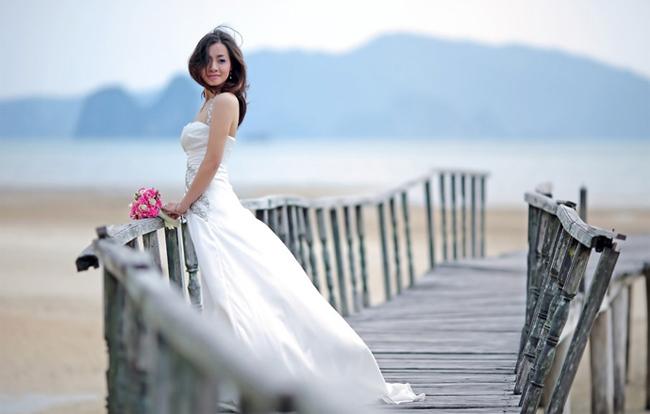 Wedding photography on Van Don Port