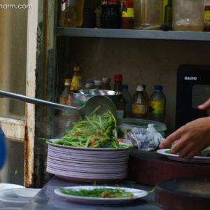 Bia Hoi is good to enjoy with street foods