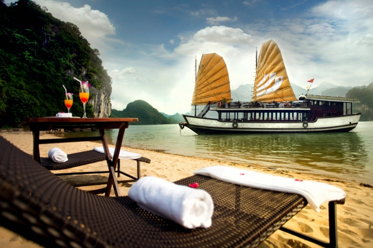 Legend Halong Cruise For Couple