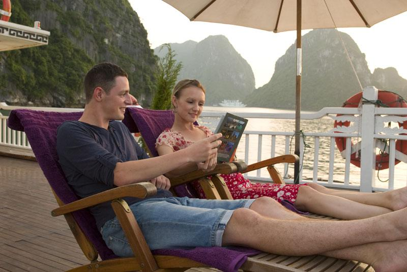 Legend Cruise Halong Bay – Couple in honeymon