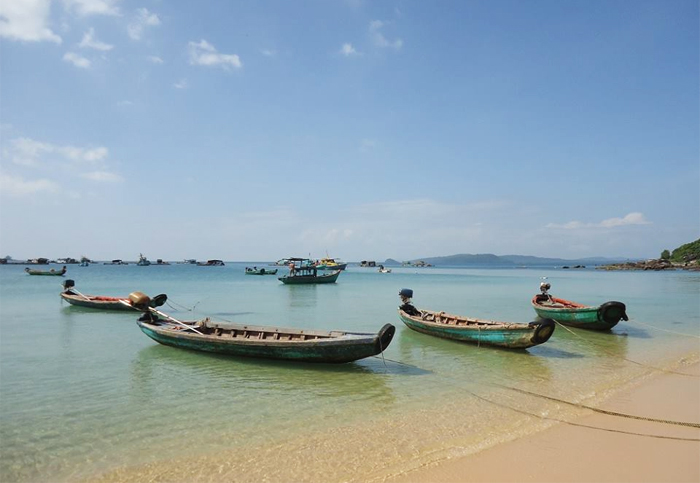 Bai Sao – White Sand Beach at Phu Quoc Island, Vietnam