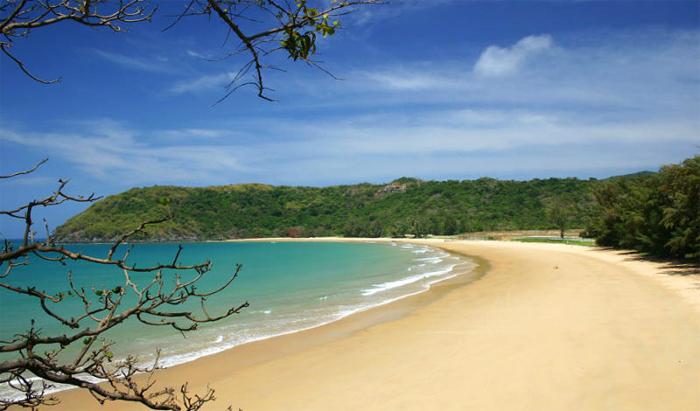 Con Dao Island with White Sand Beach