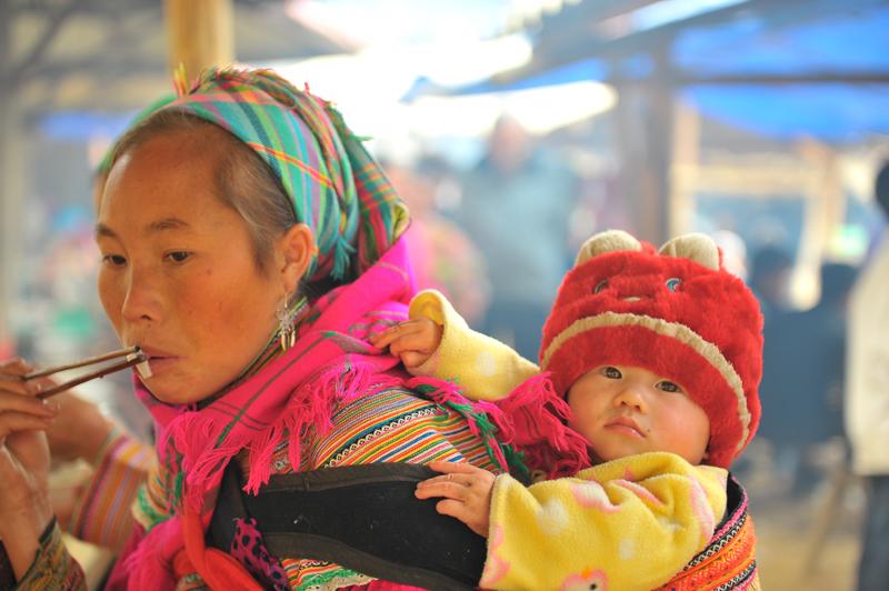 Hmong people at Sapa Market