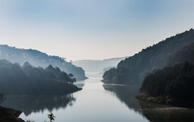 Tuyen Lam Lake in Da Lat, Vietnam