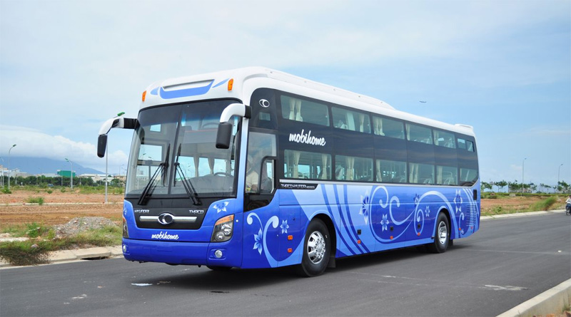 Get to Halong Bay by coach
