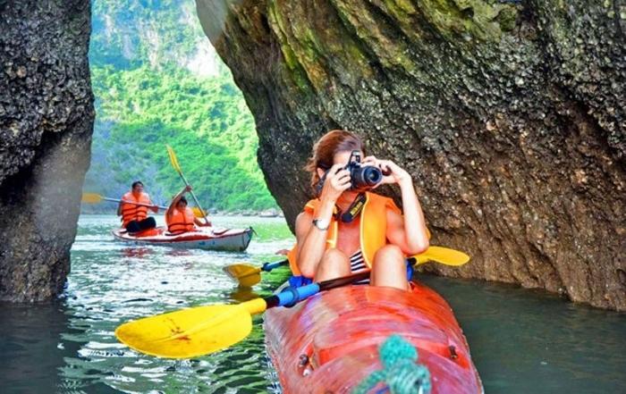 Kayaking at Lan Ha Bay in Cat Ba Islands