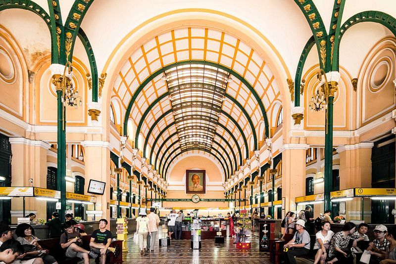 Central Post Office Saigon - Place for vintage style pictures!