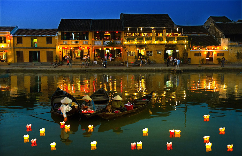 The life on Hoai River at Hoi An ancient town